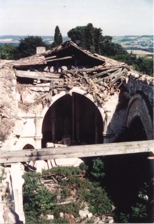 En 1971, la toiture et les voutes se sont effondrées
