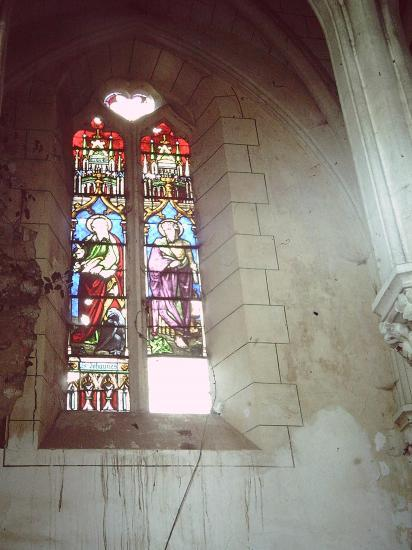 les vitraux de la nef