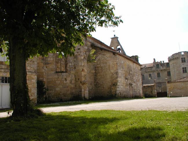 La place de l'église avant les travaux